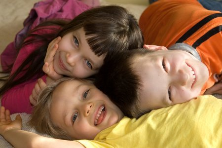 Happy_Children01